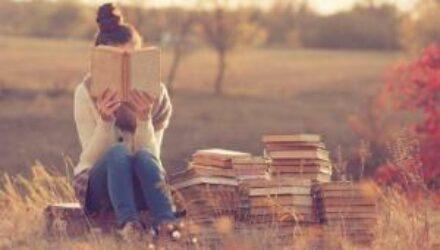 Книги,которые надо прочесть каждой девушке