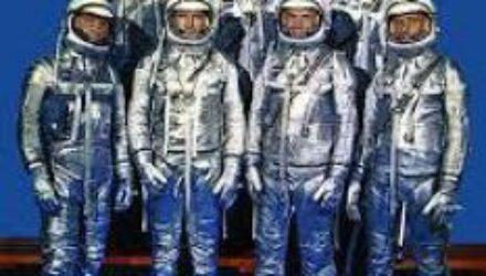 Эксперимент с астронавтами-близнецами: что происходит с организмом человека в космосе