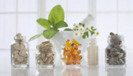 Витамины для кожи: какие нужны и где их взять