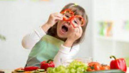 Медик рассказал чем накормить ребенка, чтобы не подхватить вирус