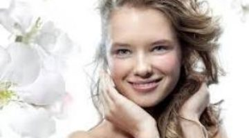 Медики рассказали о главных привычках для сохранения красоты и молодости