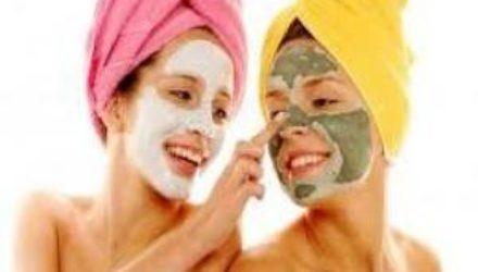 Дерматологи перечислили 5 домашних косметических средств, которые вредят коже