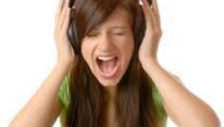 Психологи объяснили, как избавиться от эффекта навязчивой мелодии