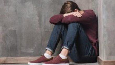 Четыре скрытых симптома депрессии, которые нельзя игнорировать