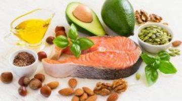 5 неочевидных признаков, что твоему организму не хватает жиров