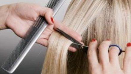 Лунный календарь стрижек на ноябрь-2020: когда можно стричь волосы