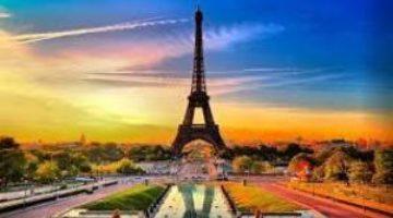 Франция прошла через пик второй волны и готовится к третьей