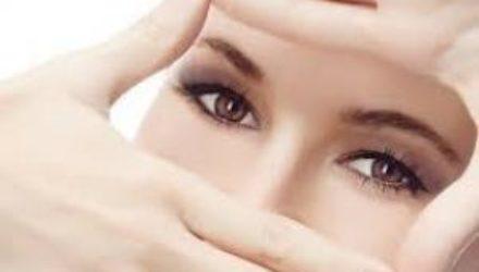 Хитрости ухода за кожей вокруг глаз: чтобы морщин стало меньше