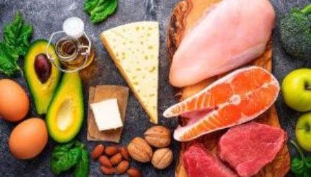 Медики предупредили о побочных эффектах низкоуглеводной диеты