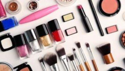 Какпродлить жизнь косметике вдомашних условиях