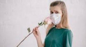 Медики рассказали, как быстрее вернуть обоняние после коронавируса