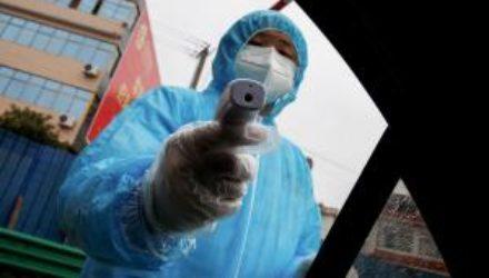 Уже переболевшие коронавирусом люди рискуют заразиться его новым штаммом