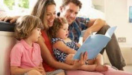 Психологи рассказали, какие фразы нельзя говорить детям