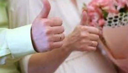 Психолог объяснил нежелание россиян вступать в брак