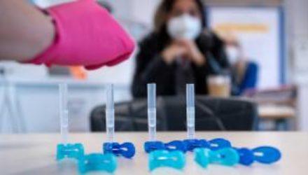 Жертвами коронавируса за сутки стали 163 украинца