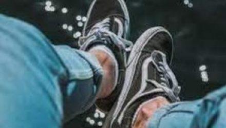 Калифорнийский бренд «Vans» выпустил веганскую линейку кроссовок «Eco Theory»