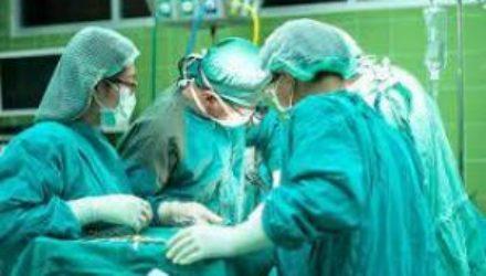Онкологи Ставрополья провели микрососудистую операцию