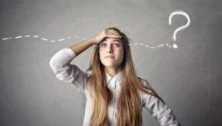 Психолог рассказал, как забыть негативное прошлое, которое отравляет настоящее